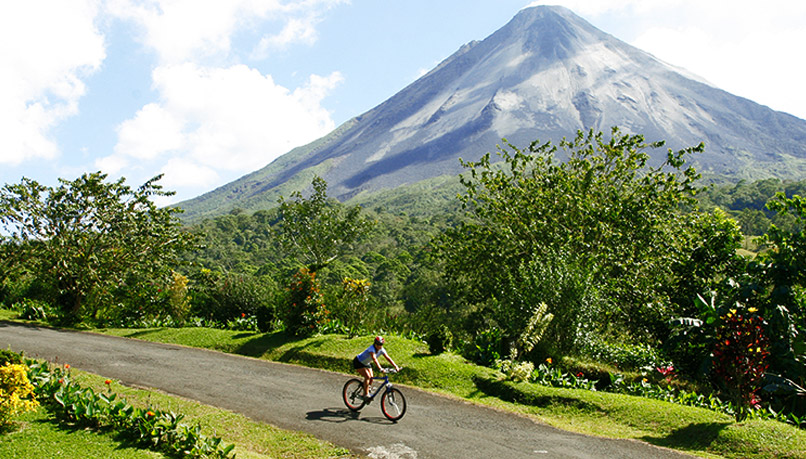 Bcri-costa-rica-biking